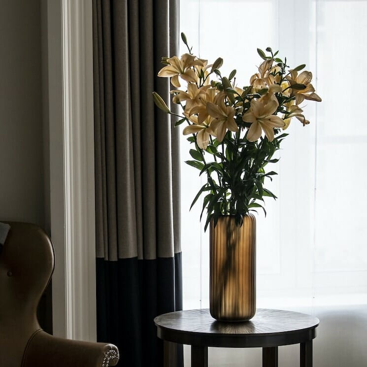 Bloom Flower Delivery | Tall Amber Ribbed Glass Vase
