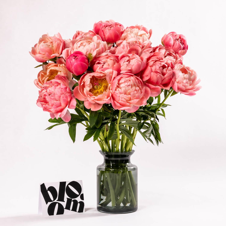Bloom Flower Delivery | Smoked Grey Glass Jar Vase